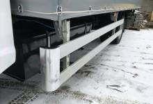 алюминиевые отбойники(откидывающиеся наверх с фиксатором) по бокам